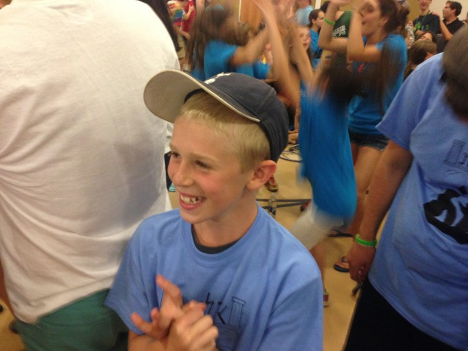 Ilanot enjoys banquet and carnival and especially shira/singing and rikud/dancing with the rest of camp!